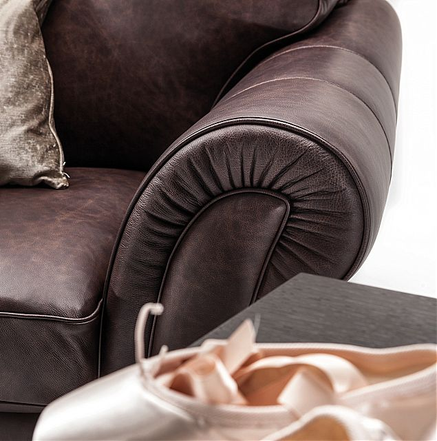 Καναπές Nicoline King-King Sofa