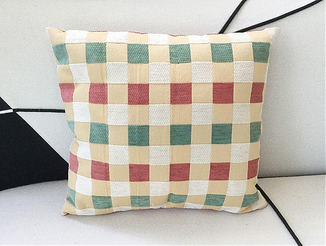 Μαξιλάρι διακοσμητικό σαλονιού Arva Cube-Cube Cushion