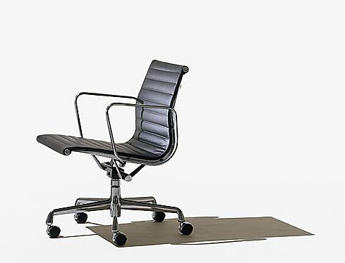 Καρέκλα γραφείου Dan-form Herman Miller-Eames Aluminum  Management Chair
