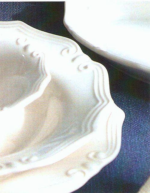 Tiffani - Light Ivory - Ν.Γ. Καραγεωργίου