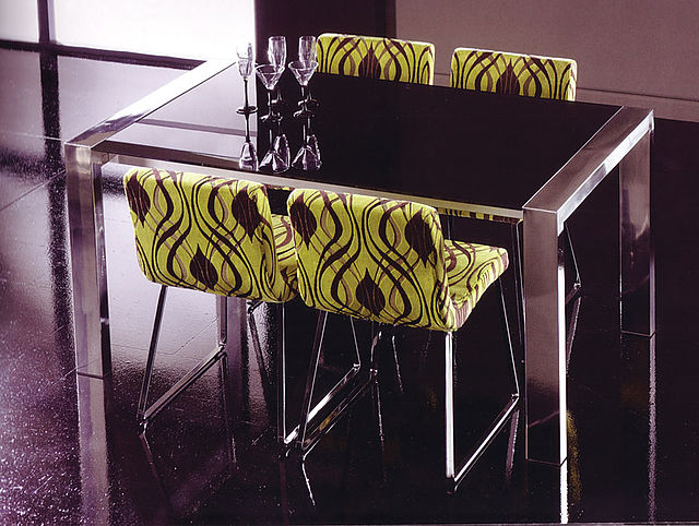 Τραπέζι τραπεζαρίας Koo International XXL-XXL